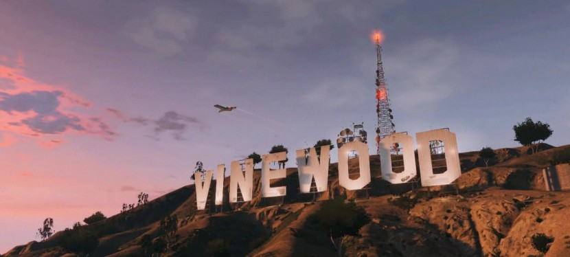 Vinewood Sign - Hollywood Sign