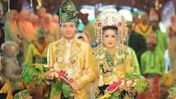 Pakaian Adat Banjar (Sumber: bahassemua.com)