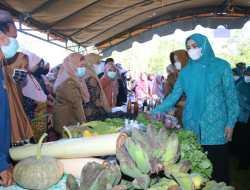 TP PKK Kalsel Menggelar Pasar Murah Jelang Idulfitri