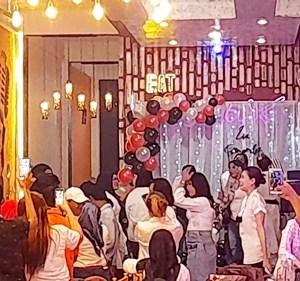 Lia Fernandez Rayakan Ultah di Eat Chantix Cafe & Resto; Tempatnya Nyaman, Romantis