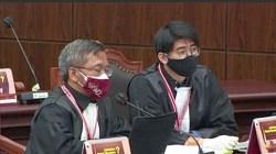 Tim Hukum H2D dalam sidang putusan MK perkara sengketa Pilgub Kalsel 2020. Jumat(30/7/2021/foto: tangkapan layar)
