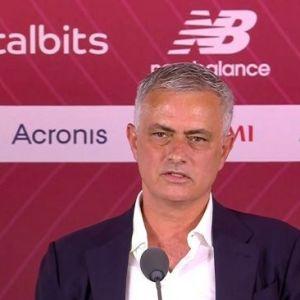 Mourinho Datang, Pemain AS Roma Eksodus Massal