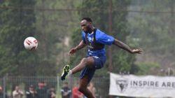 Geoffrey Castillion saat mengikuti sesi latihan Persib Bandung. [Dok. Persib]