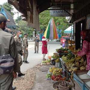 Gunakan Bahu Jalan, PKL Dapat Teguran Satpol PP Kota Banjarbaru
