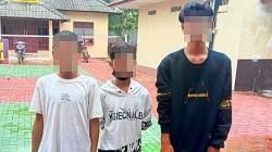 DIAMANKAN – Tiga anak di bawah umur yang diduga terlibat tawuran di Wisata Siring, Jalan Piere Tendean, Kota Banjarmasin, Kalsel. (foto: Humas Polri)