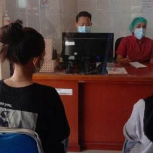 2 Siswi Dikeroyok Geng Cewek, Disekap di Kamar, Diancam Pakai Pisau Hingga Digebuki
