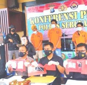 Lama Diintai Polisi, Komplotan Pengedar Sabu Berhasil Digulung