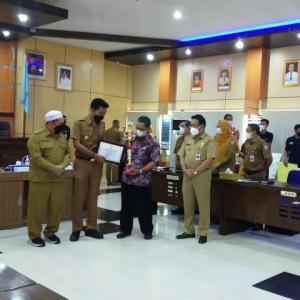 Koperasi Berprestasi di Kabupaten Banjar Diganjar Penghargaan