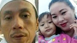 Korban tertimbun pakaian, Akhmad Saubari dan Istri serta anaknya. (foto: istimewa)