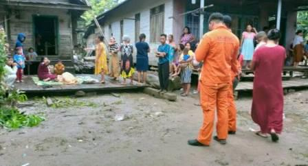 Proses identifikasi pencarian nenek tenggelam di Sungai Katinga, Kota Palangkaraya, Kalimantan Tengah. (foto: borneo24/koranbanjar.net)