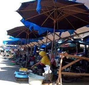 Lahan Parkir Jadi Rebutan 'Wong Cilik' Mengais Rezeki di Barabai, Pedagang; Janji Pemerintah Palsu