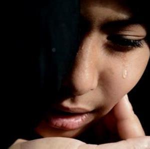 """Ketika Dzun Nun Al-Mishri Ditanya, Mengapa Menangis? """"Obat Telah Menyentuh Penyakitku"""""""