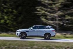 Jaguar F-Pace AWD