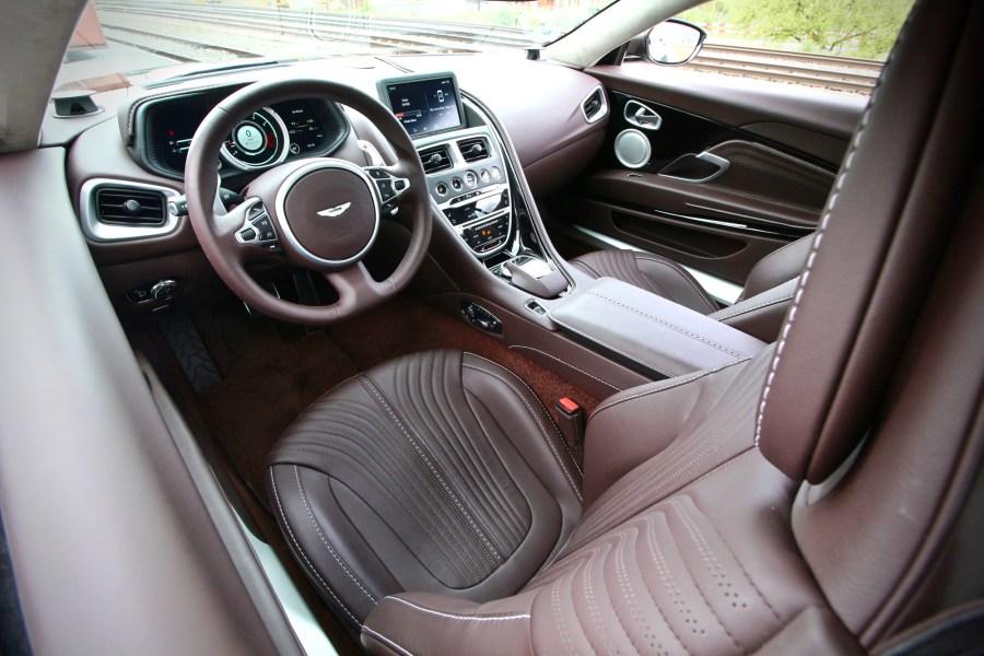 2018 Aston Martin DB11 V8