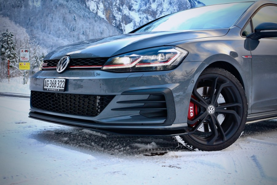 2019 VW Golf GTI TCR
