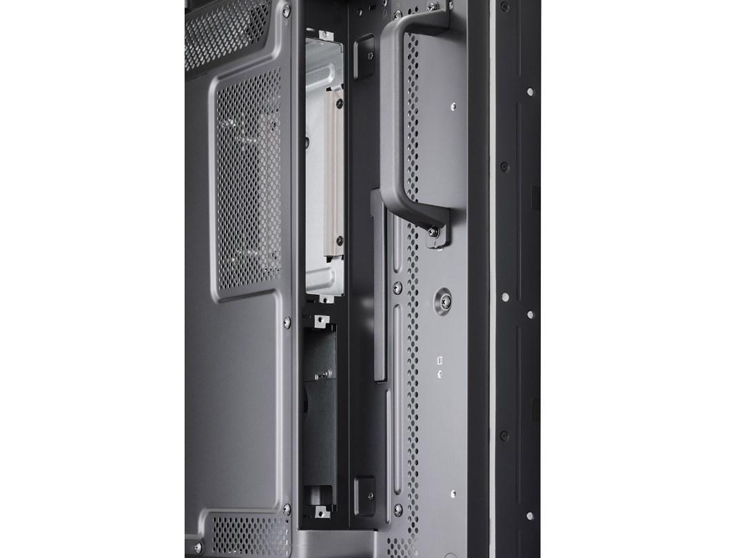 X554UNV-DetailViewSlot-Open