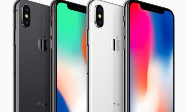 Сооснователь Apple отказался покупать iPhone X в день релиза и раскритиковал функцию Face ID