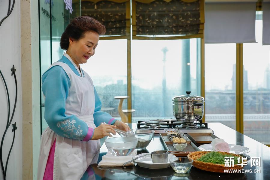 """""""迎中秋""""世界各地傳統糕點系列——韓國松餅和茶食--韓國頻道--人民網"""