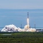 스페이스X 재활용 로켓으로 미 우주군 첨단위성 첫 발사