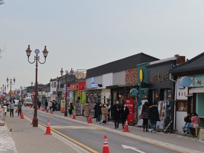HWANGLIDAN STREET IN GYEOGJU