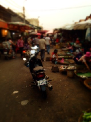Typical local market scene - Siem Reap