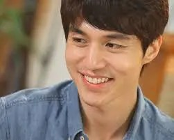 韓国 人気俳優 イ・ドンウク プロフィール 画像付