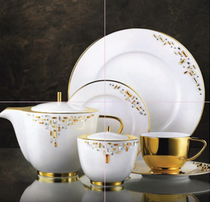 Cover Story - High-end Tableware Brand