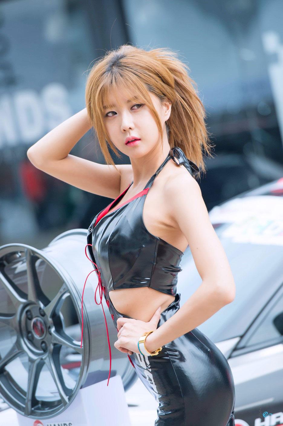 Heo Yun Mi Asian Festival of Speed 2015 HANDS
