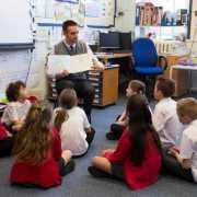 457비자 자녀 공립학교등록 거부<br>케나다 베이, 시드니, 라이드시 재학생 주평균 3~5배