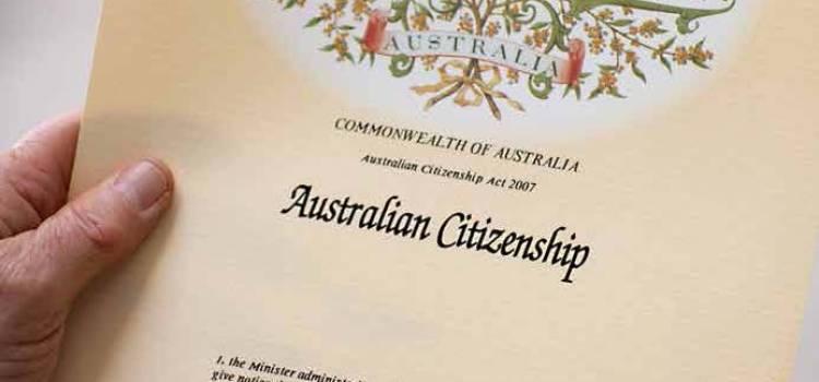 호주 시민 자격은 IELTS 전과목 6점<br>시민권 신청 강화 법안 의회 상정