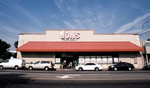 Jons Grocery Store