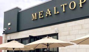 Mealtop in Los Angeles, California, USA