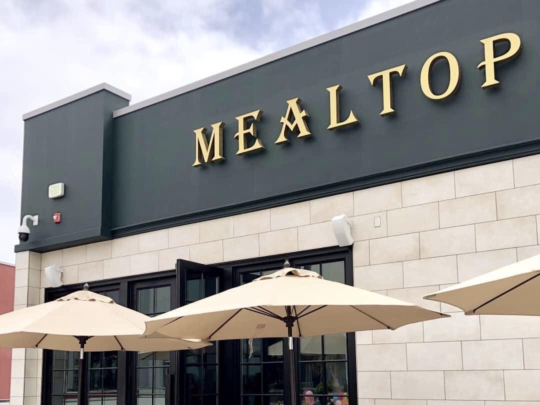 Mealtop in Los Angeles, California, USA