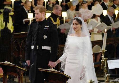 イギリス王室ヘンリー王子とメー...