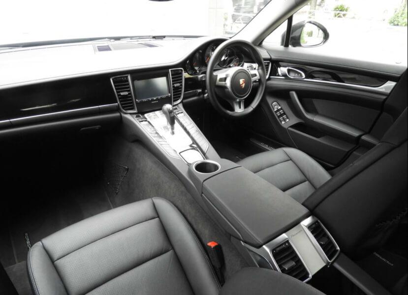 Porsche内装