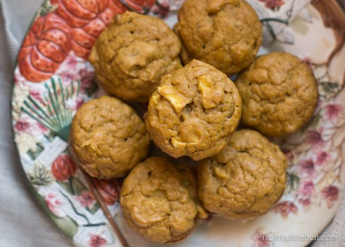 pumpkin-apple-muffins-10