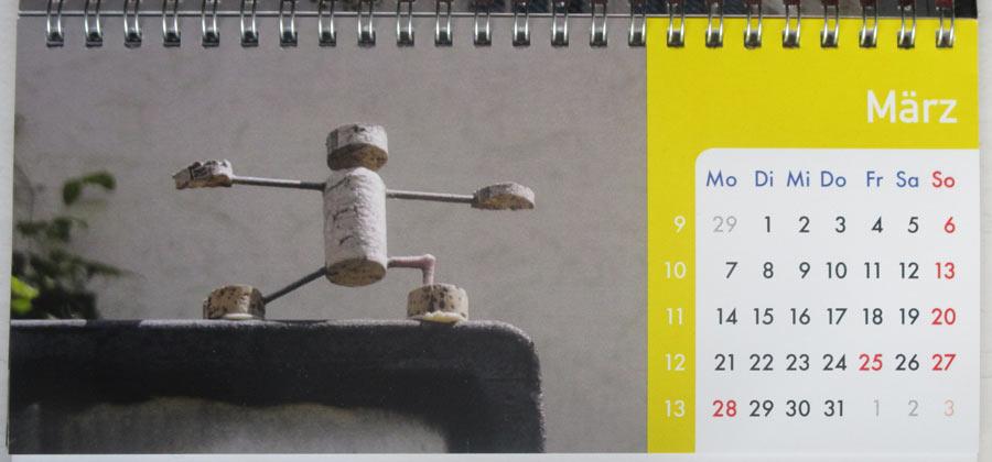 03 März