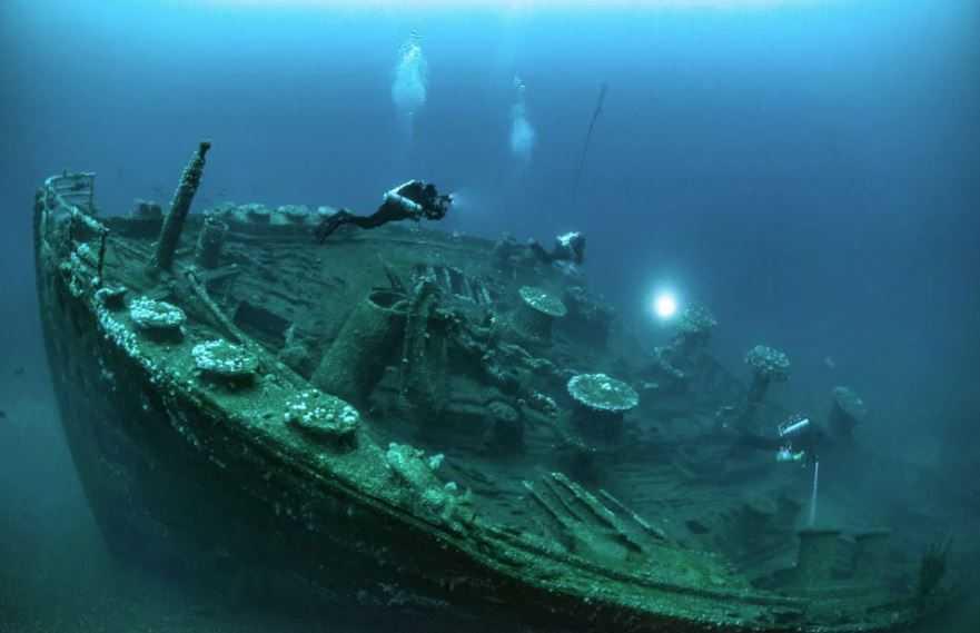 Точка Немо является кладбищем космических кораблей, утопленных там с 1971 года.