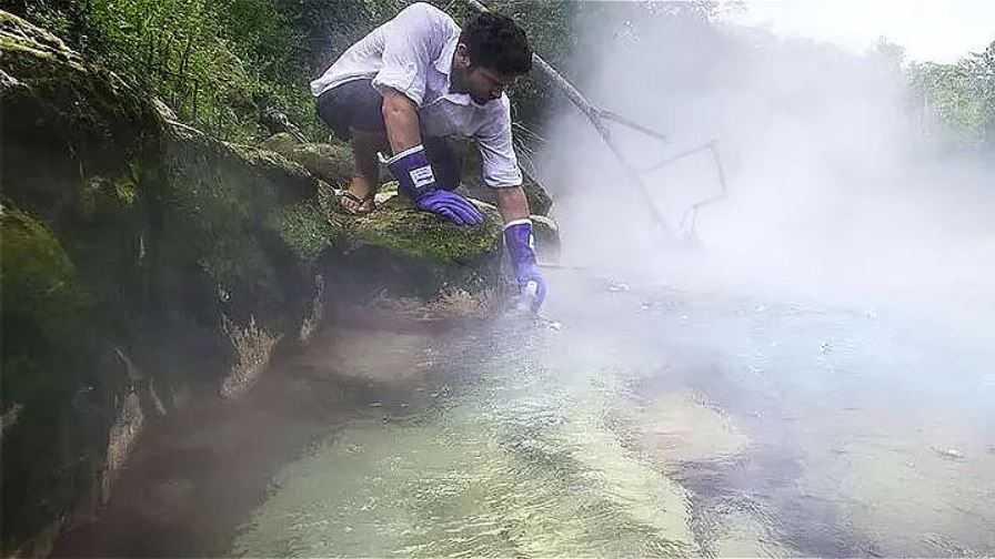 Легендарная река-убийца сварит заживо любое живое существо.