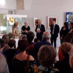De opening van de tentoonstelling in de Médiathèque Privas.