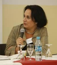 Ferdos Forudastan, Journalistin und Einwanderungslobbyistin