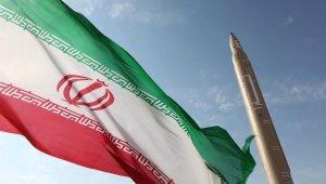 iranische flagge, iranische rakete, atomprogramm