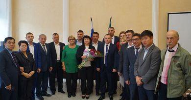 Людмила Хмыз стала новым главой Корсаковского городского округа