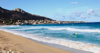algajola_beach