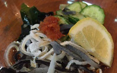 立川の焼き鳥屋「だるま」で昼飲み