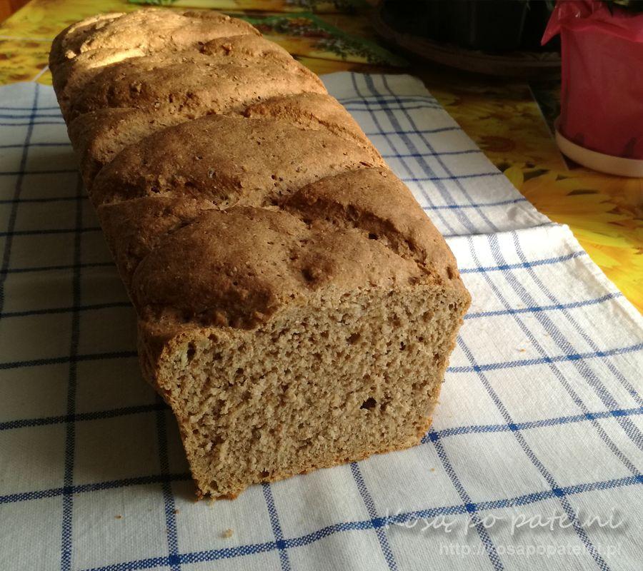 Chleb żytni z miodem na zakwasie