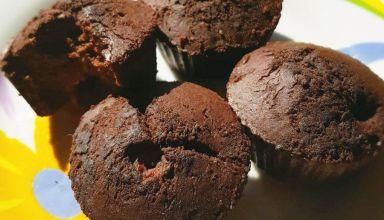 Bezglutenowe muffinki bananowo-kakaowe