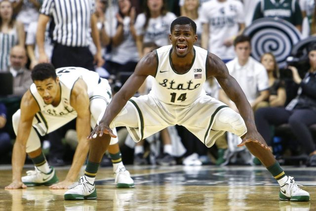 college-basketball-michigan-state-vs-louisville---dec-2-2015-4ca233322841857f
