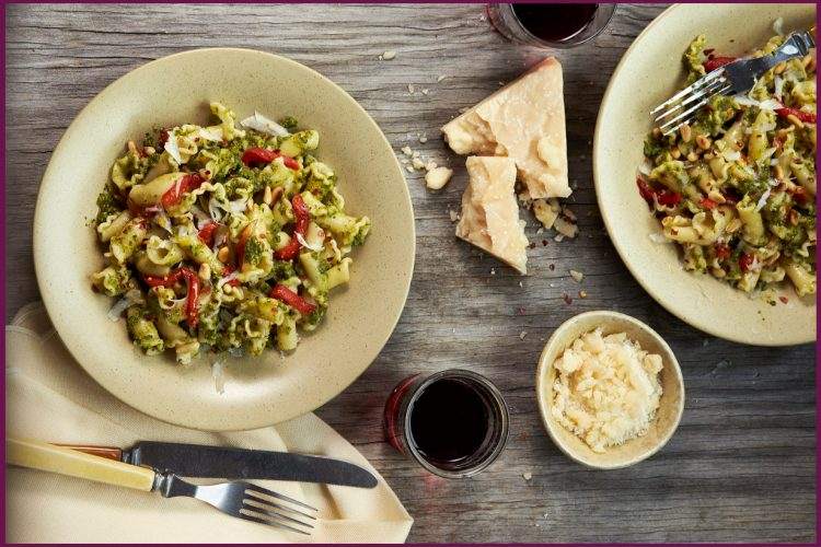Pasta with Pesto and Roasted Peppers