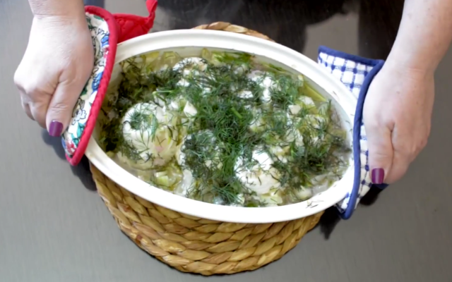 Fillets of Flounder with Cucumbers and Dill